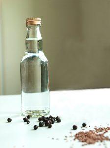 Aromen und Grundstoffe für Kräuter-, Bitter- und Gewürzlikör